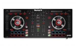 Numark Mixtrack Platinum Draufsicht