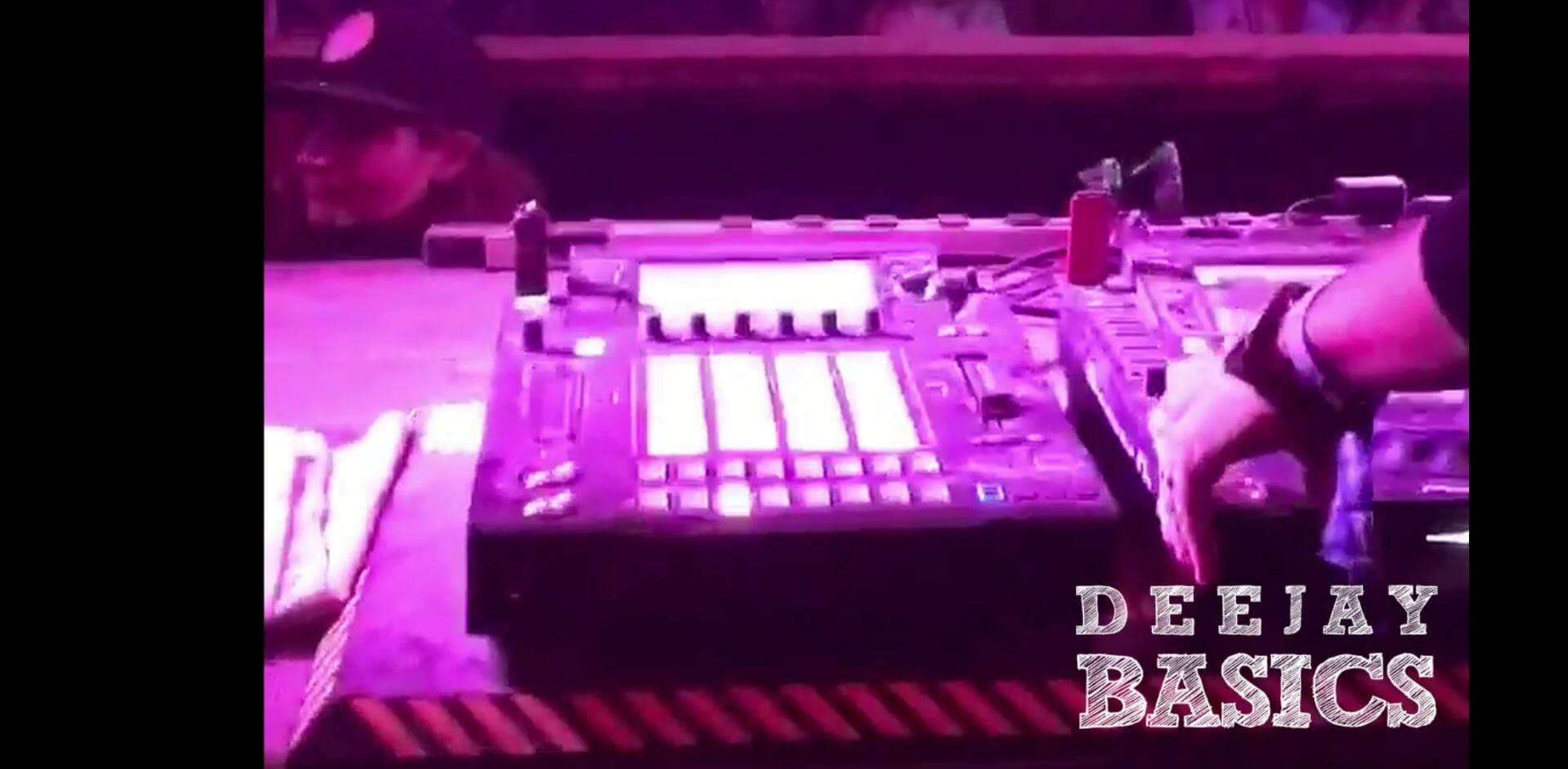 Pioneer DJ Leak Sampler in CDJ Format